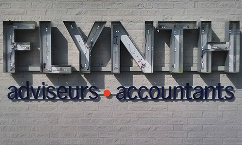 For Flynth we've used prefabricated inlays to refurbish the illuminated signage.